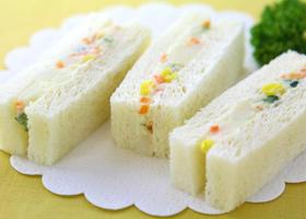 ポテトサラダサンド(3切)